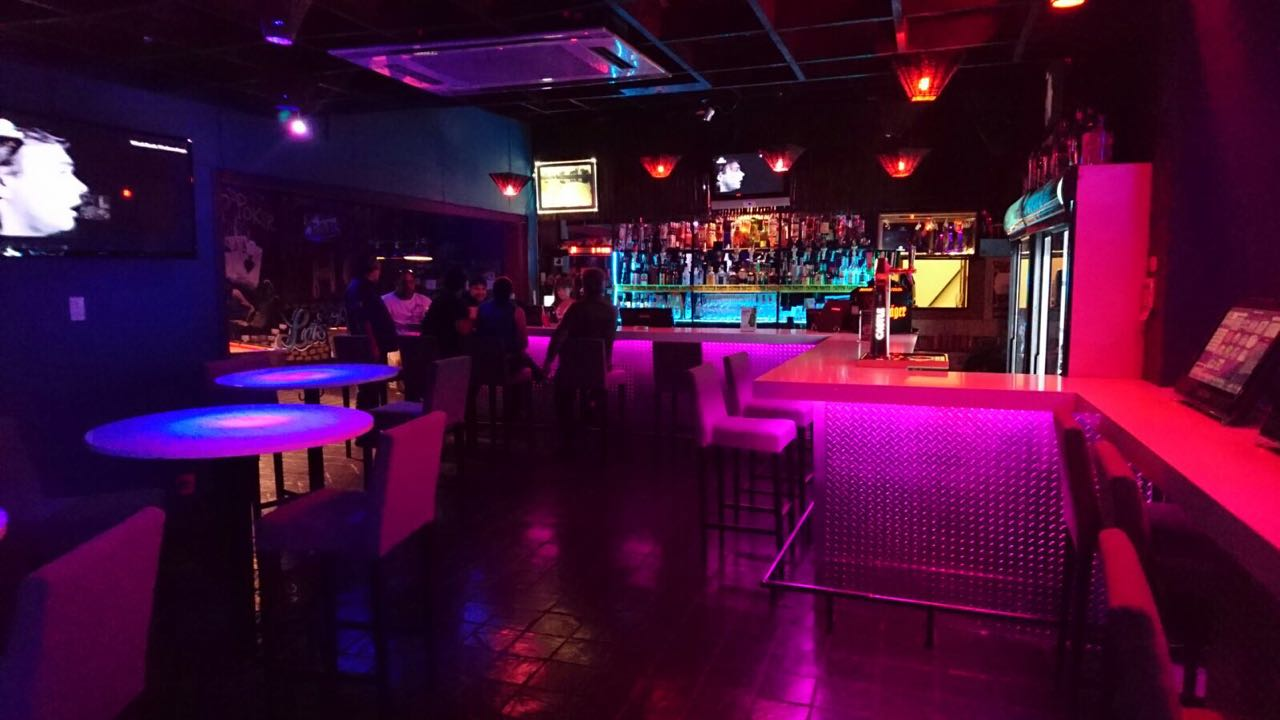 Pub & Grill *Lambton