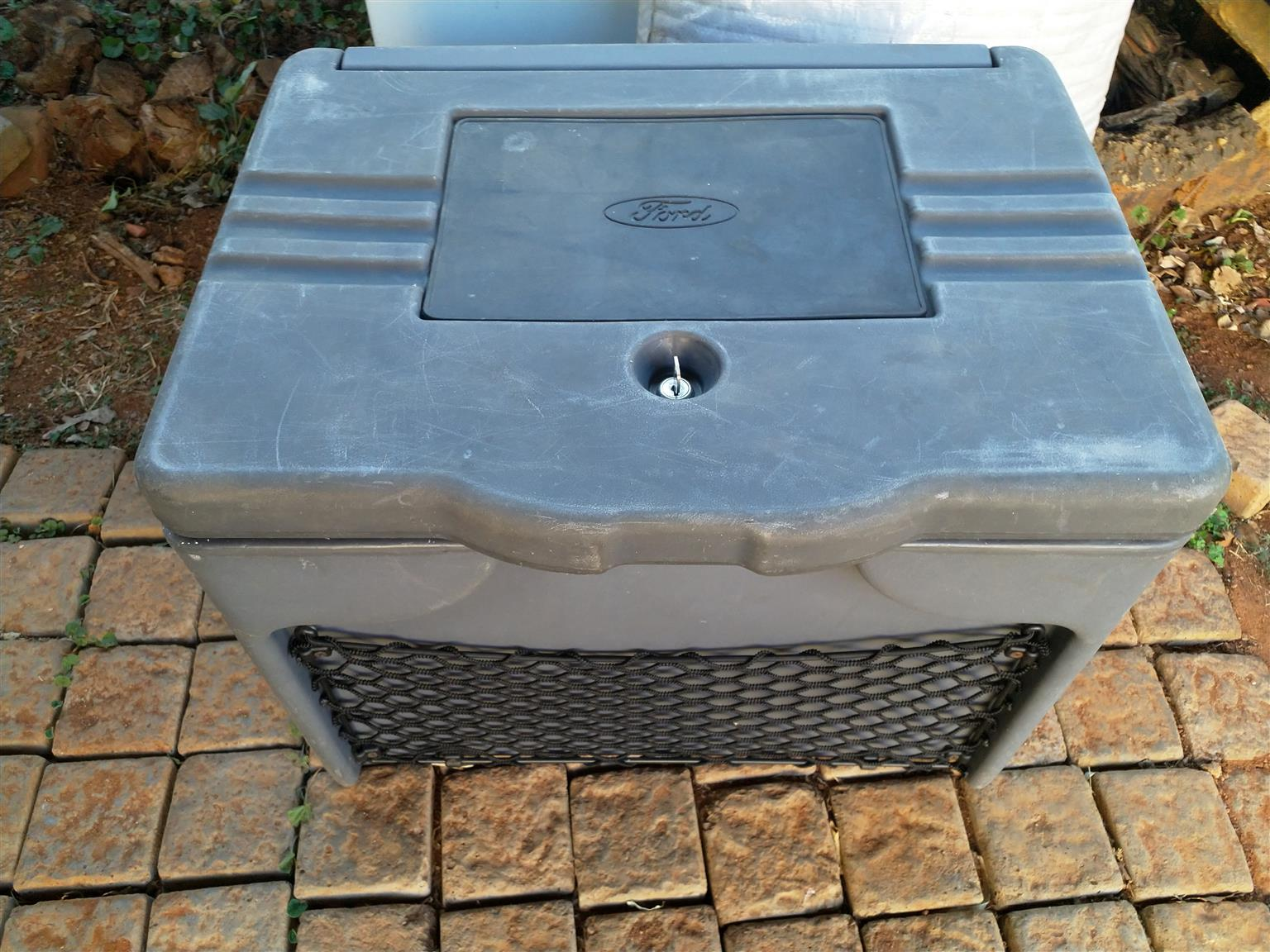 Ford Ranger Utility boxes