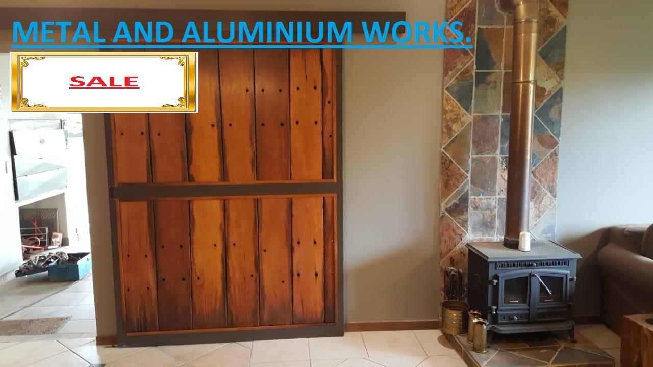 Custom Aluminium And Wood Slind Solid Doors Metal And