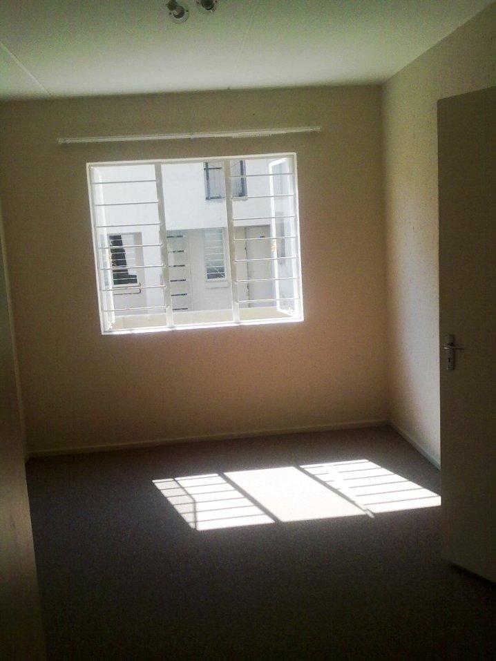 Ref: 176, Ground floor, 1 bedroom with BIC, Open plan kitchen/lounge