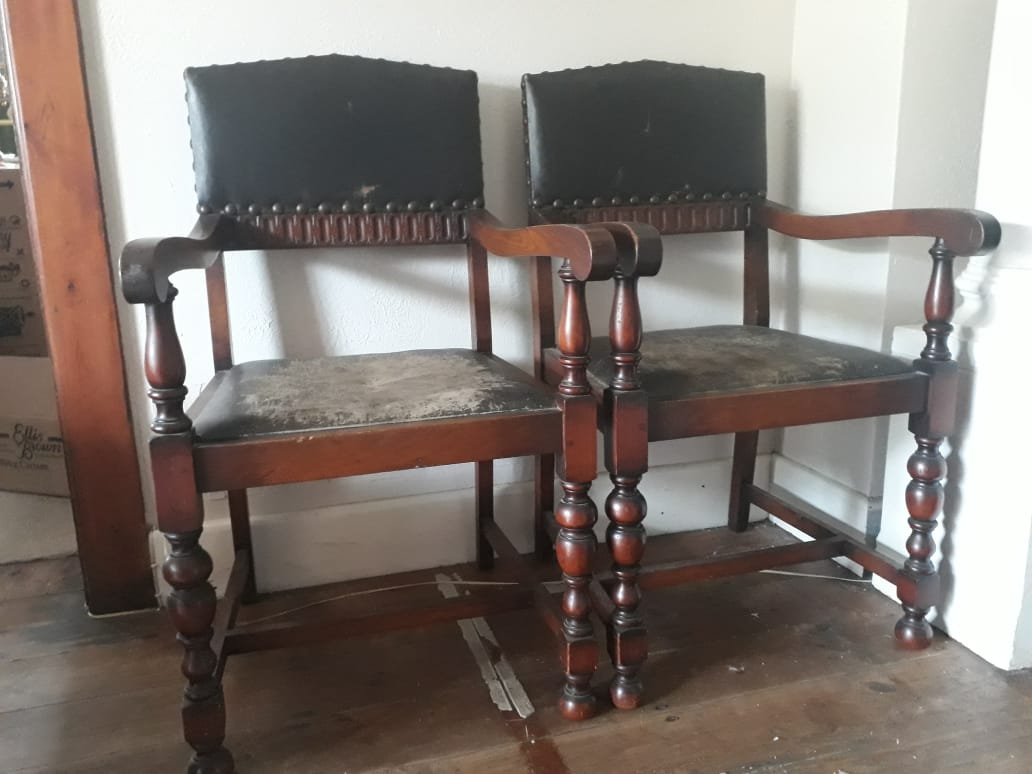Set Of Chairs Antique