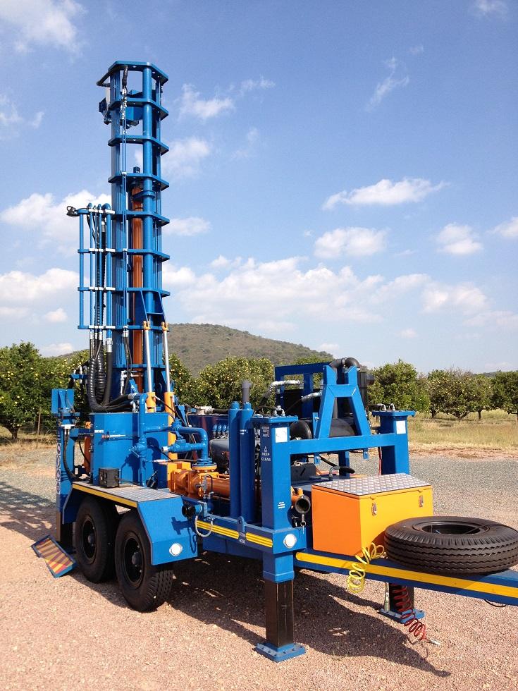 TT300 Double Axle Drill Rig