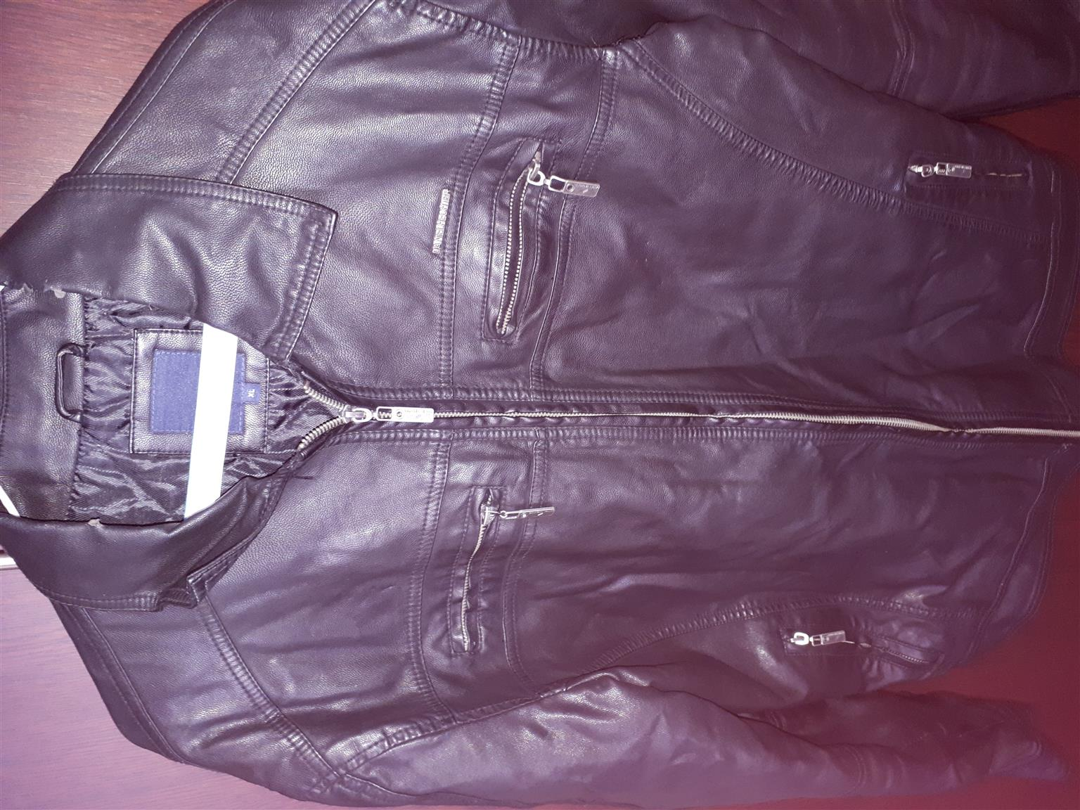 DANIEL HECHTER Leather jacket