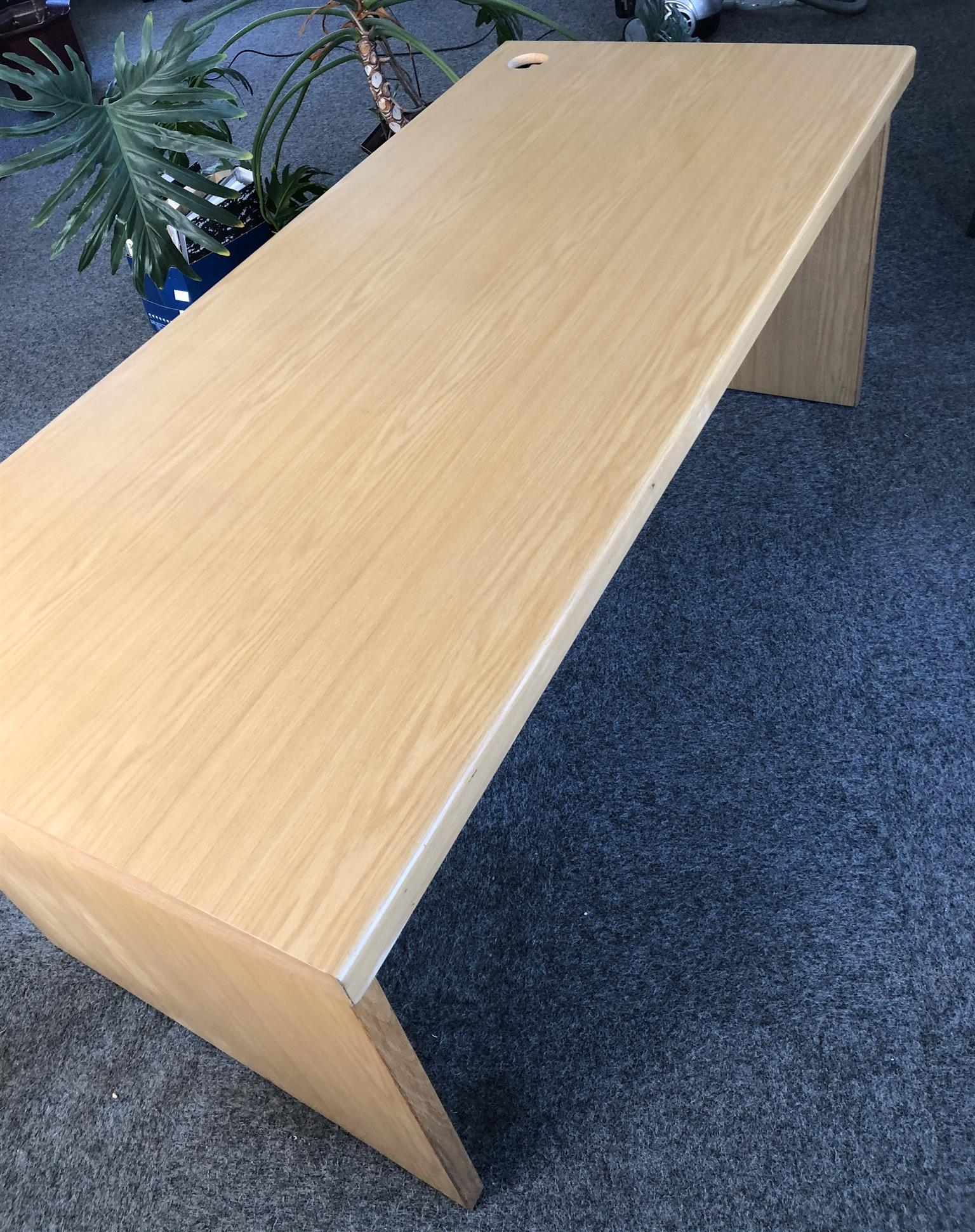 Wooden Office desk Very good condition 1800 mm