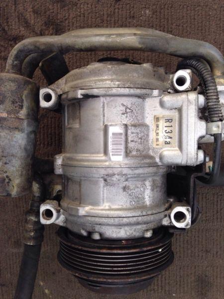 Mercedes-Benz W124 Aircon compressor