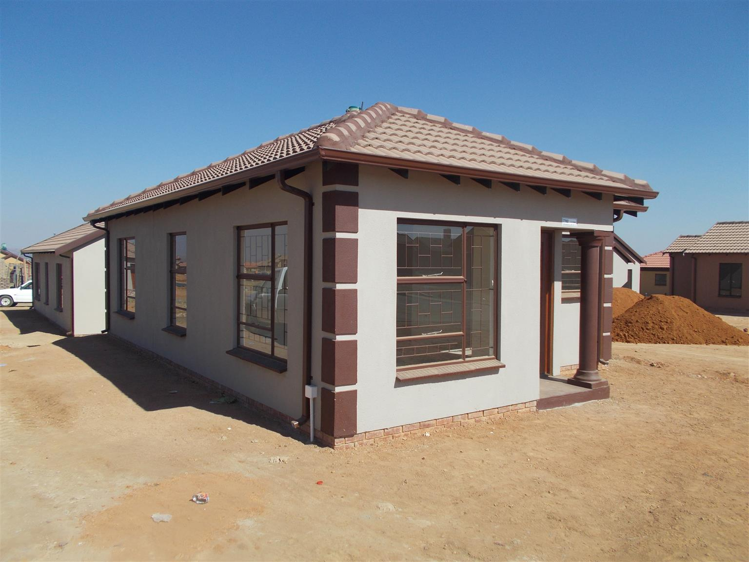 House for sale in soshanguve next to crossing mall