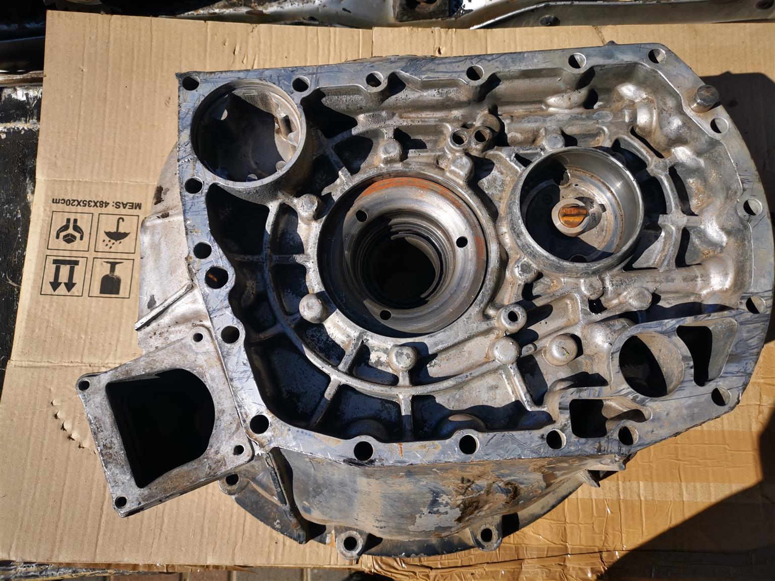ZF 9S1310 ECOMID GEARBOX stripping