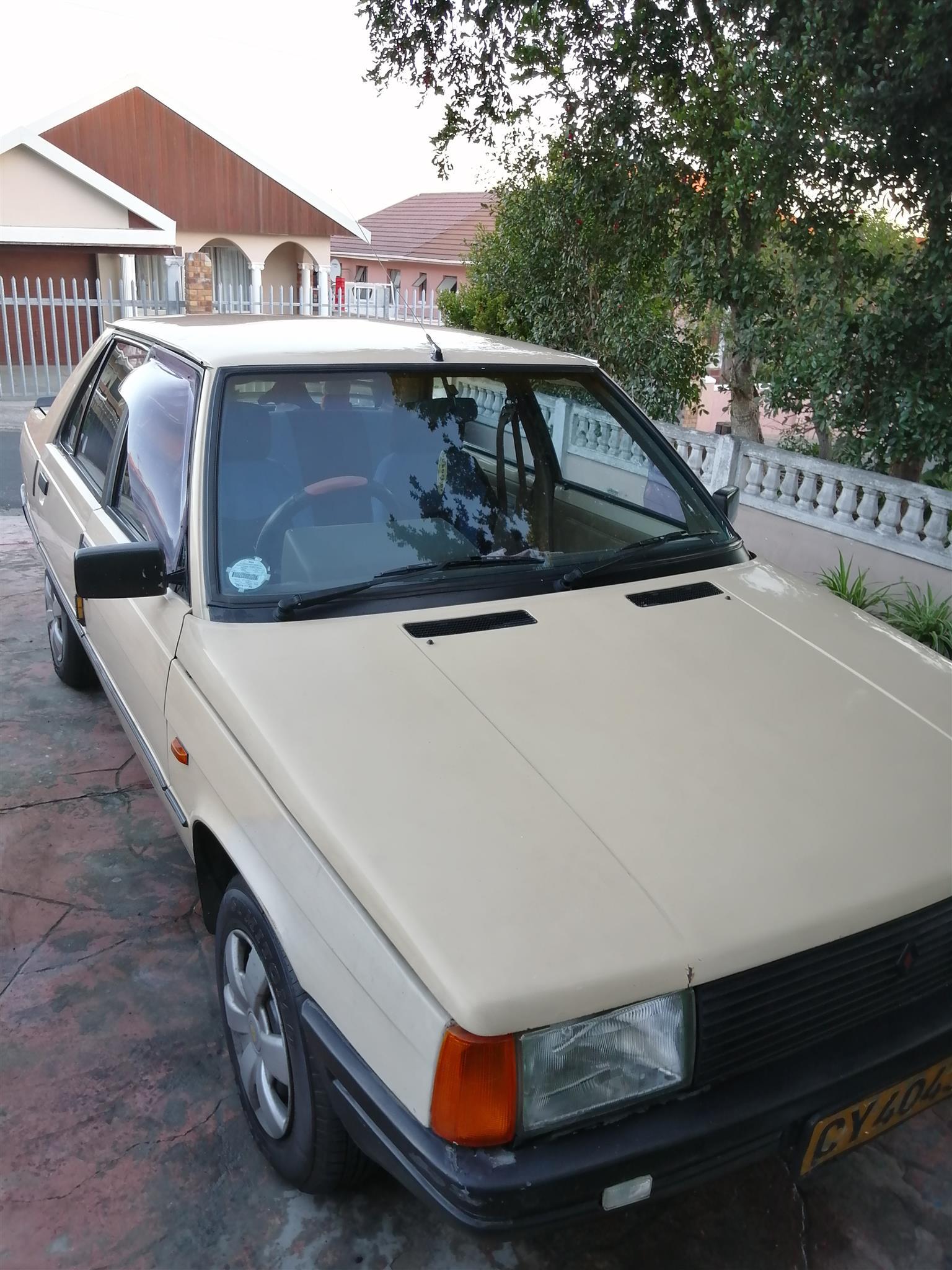 1987 Renault Laguna
