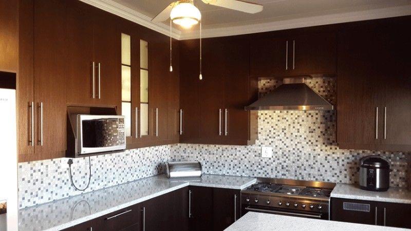 Swell Kitchen Built In Cupboards Installation Junk Mail Interior Design Ideas Inamawefileorg