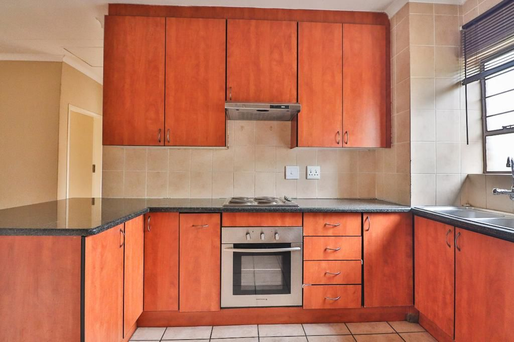 Top Unit Town House to rent