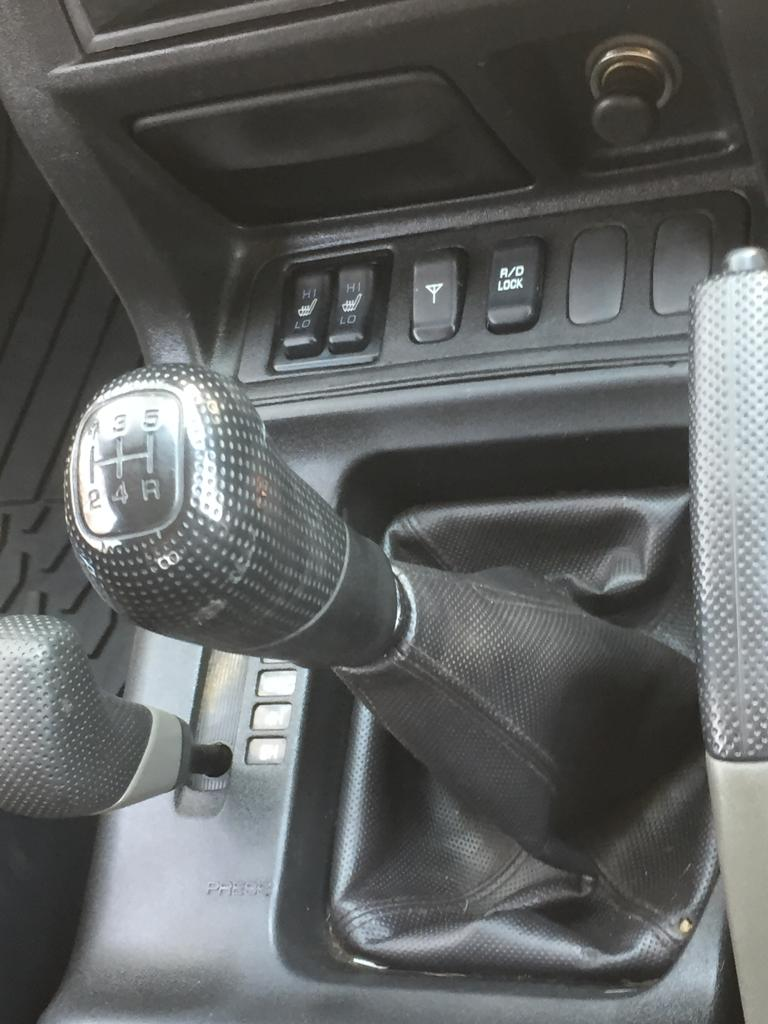 2000 Mitsubishi Pajero 3 door 3.2DI D GLS