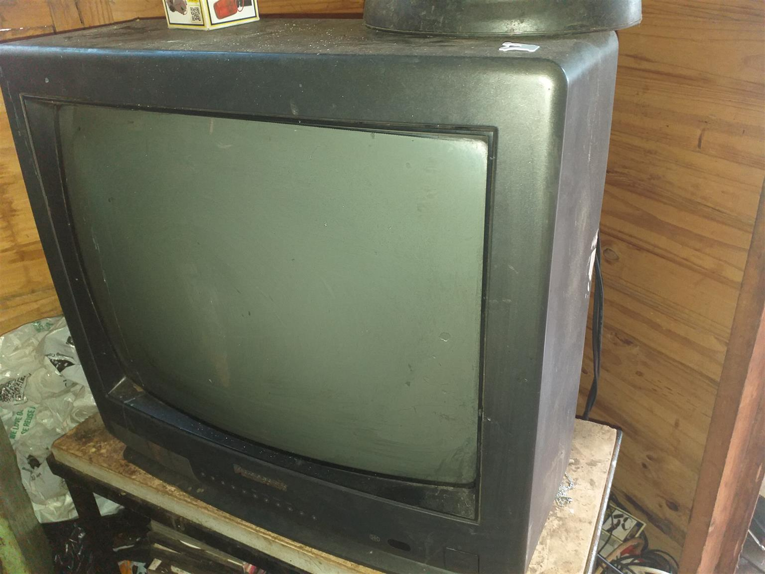 Old uwanted t.v please