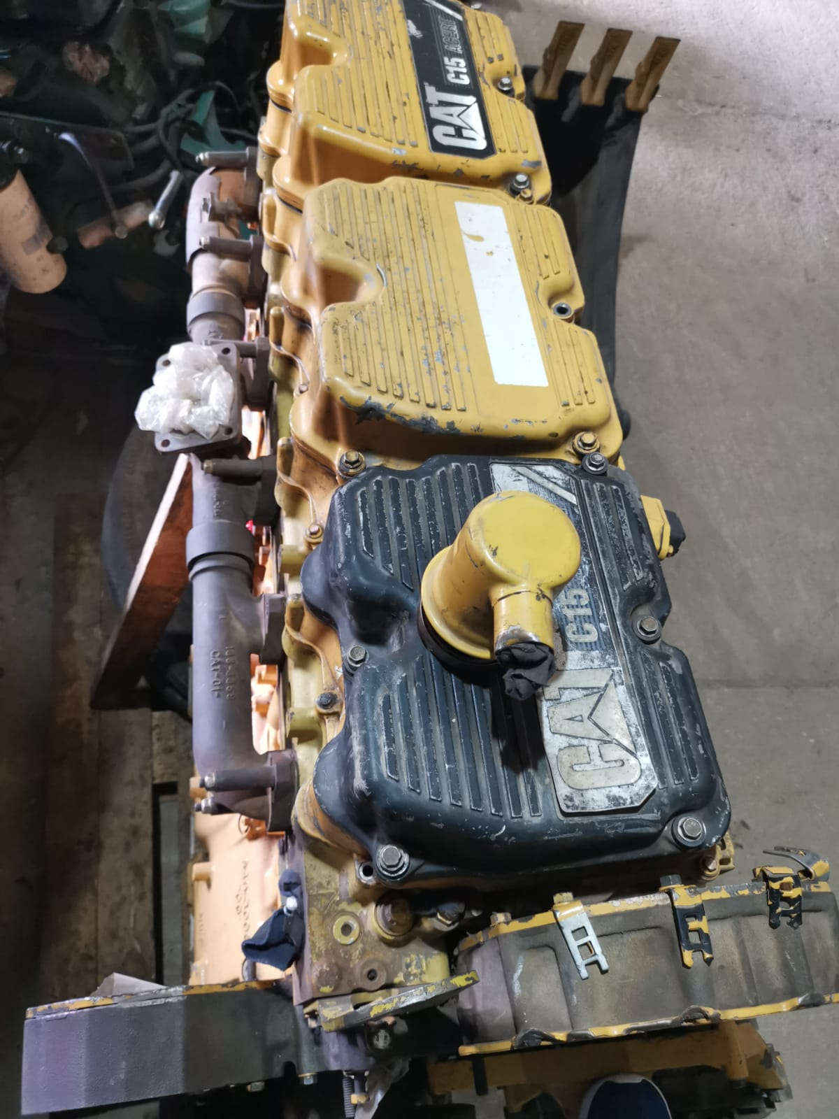 Cat c15 engine stripping for parts
