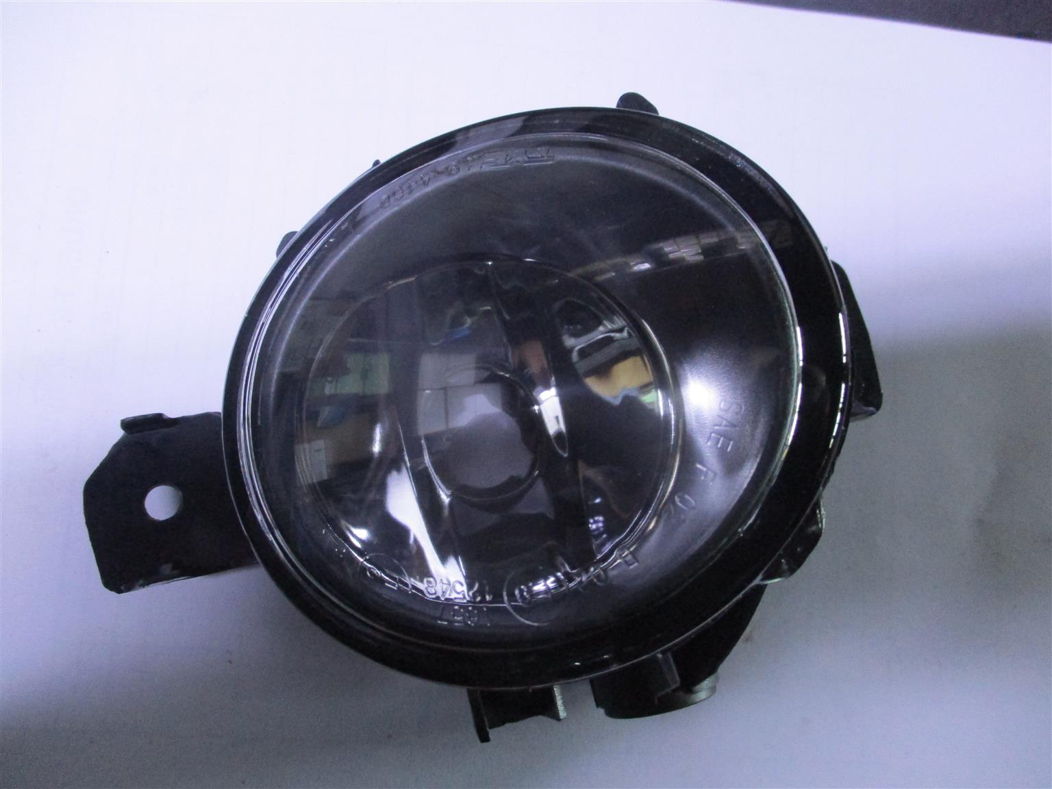 BMW E87 PREFACE LEFT HAND FOG LIGHT