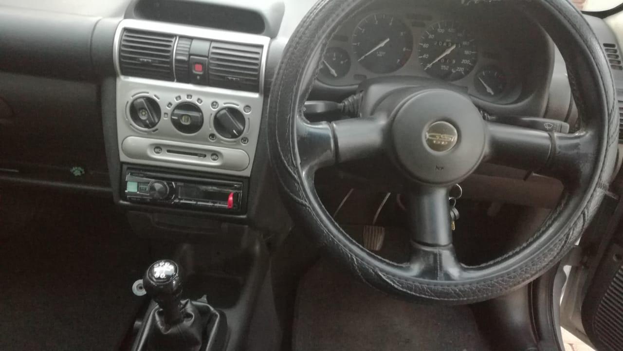 2001 Opel Corsa Lite 1.4i +