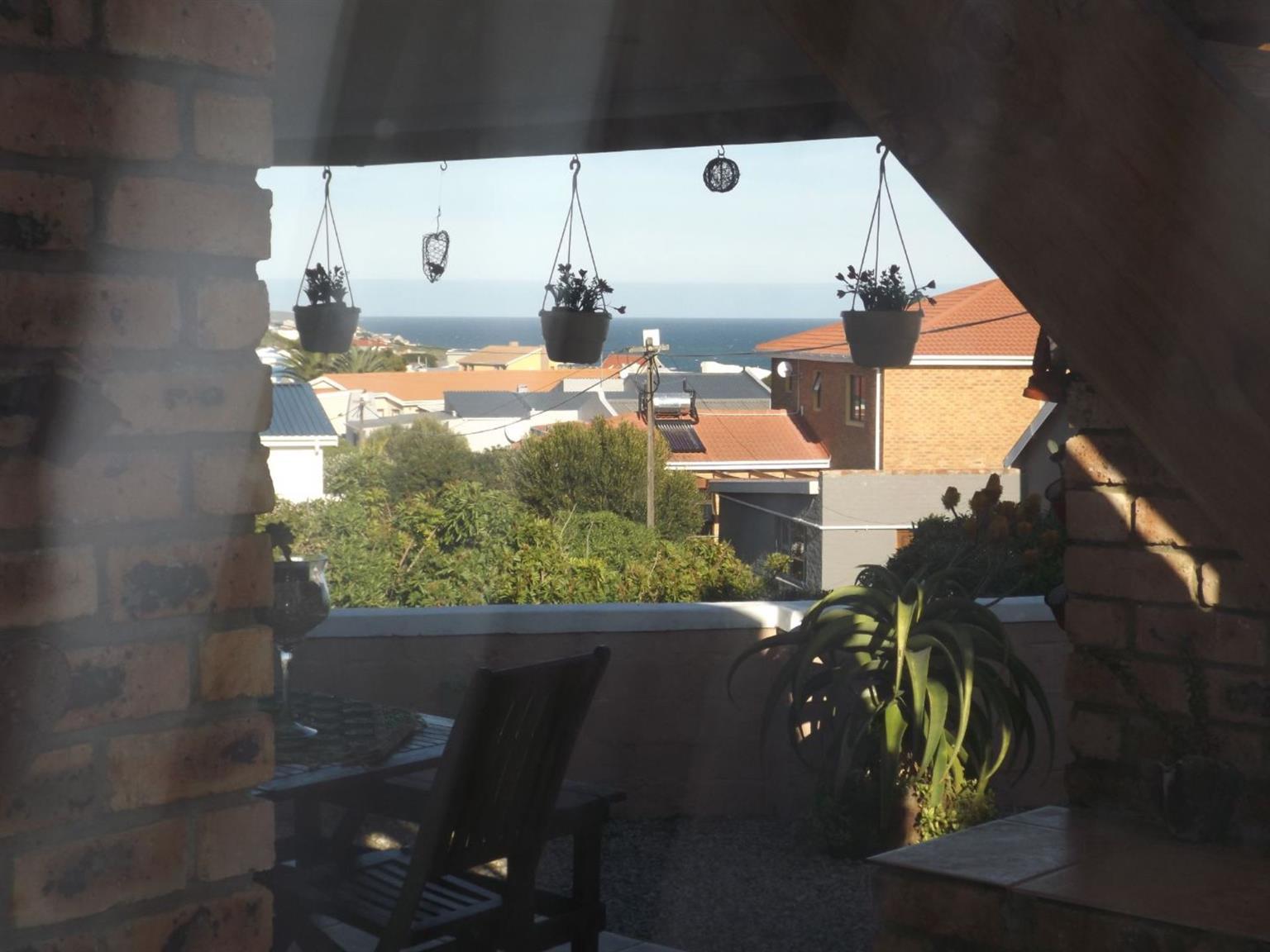 House For Sale in DE KELDERS