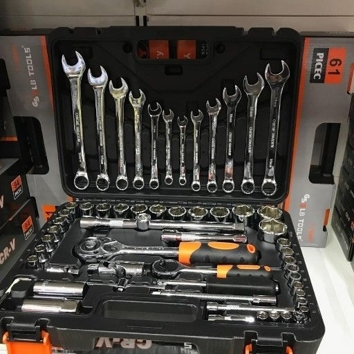 61 pce toolset R749.00