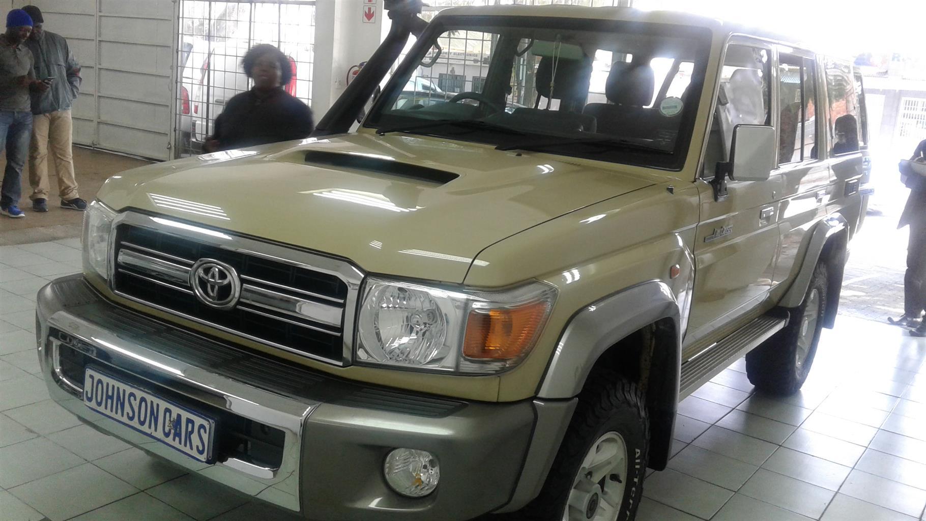 2014 Toyota Land Cruiser 200 LANDCRUISER 200 V8 4.5D VX A/T