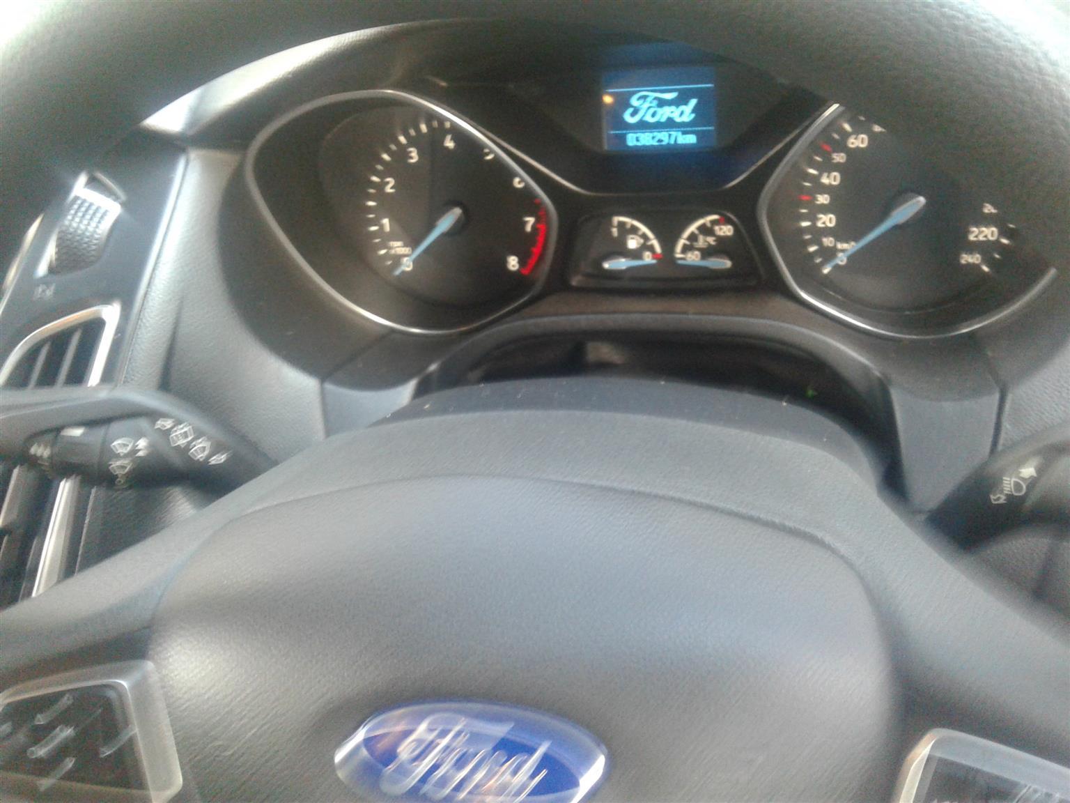 2016 Ford Focus sedan 1.5T Trend auto