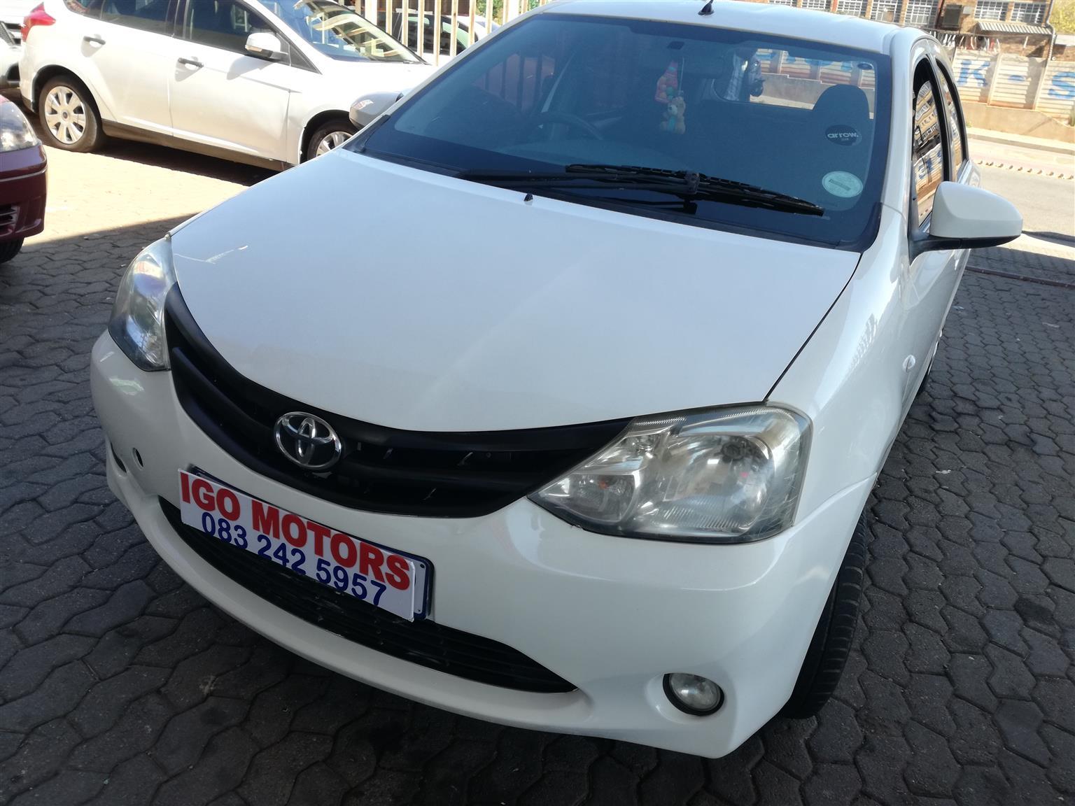 Toyota Etios 1.5Xs Hatchback 2015 Model