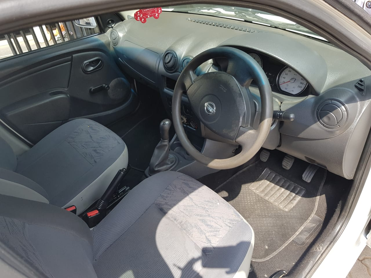 2014 Nissan NP200 1.6i loaded