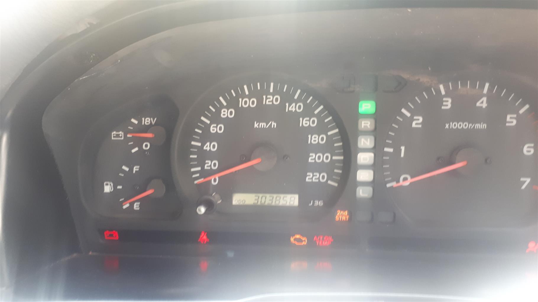 1999 Toyota Land Cruiser 100 4.7 V8 VX