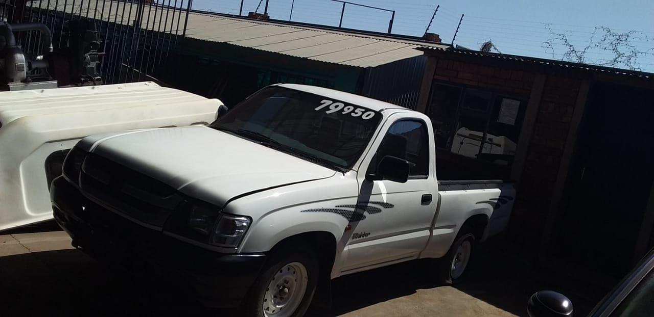 2002 Toyota Hilux 2.0