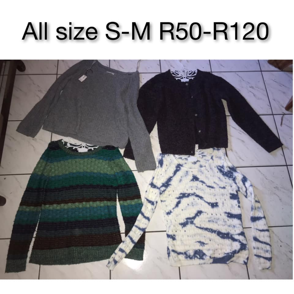 Colored long sleeve tops