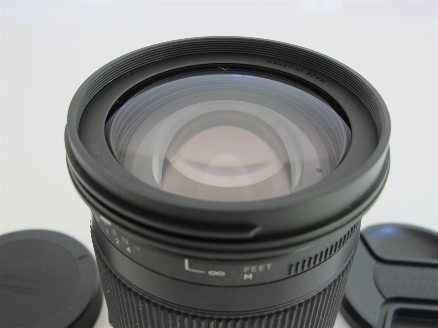 Sigma 18-300mm f/3.5-6.3 DC Macro OS HSM for Canon SLR LIKE NEW