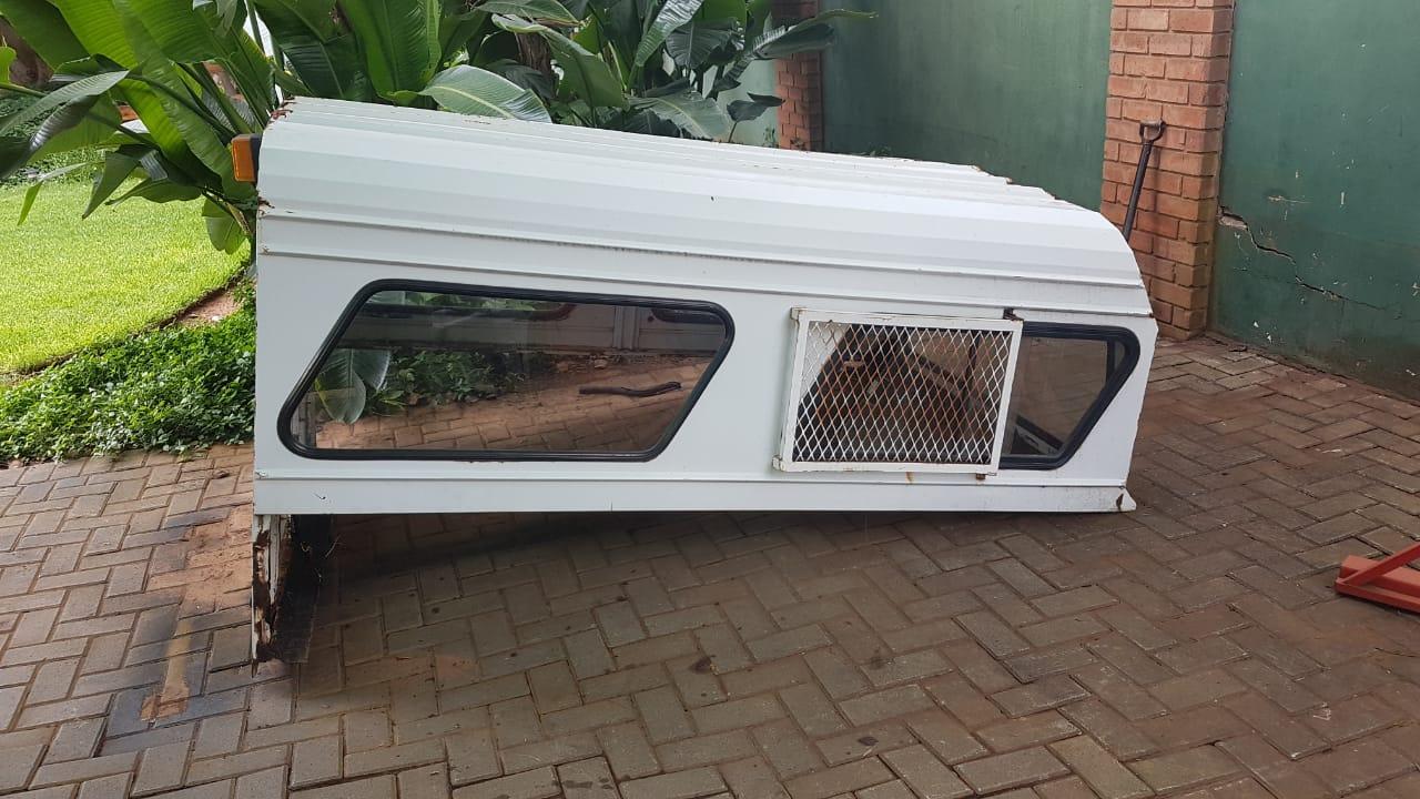 Canopy of 1989 long wheel base, single cab Hilux