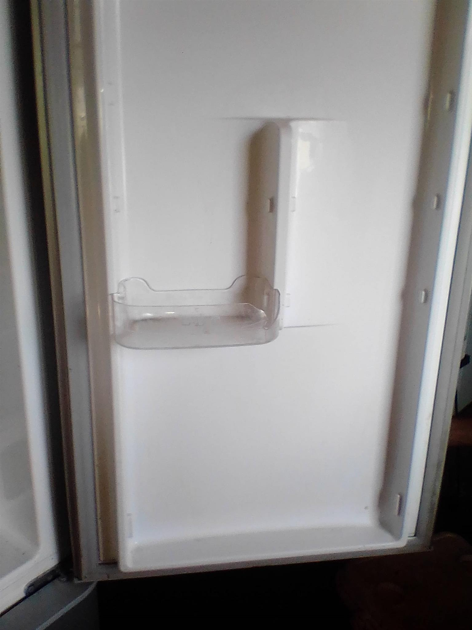 Want to sell or swap my fridge for a gas fridge or freezer