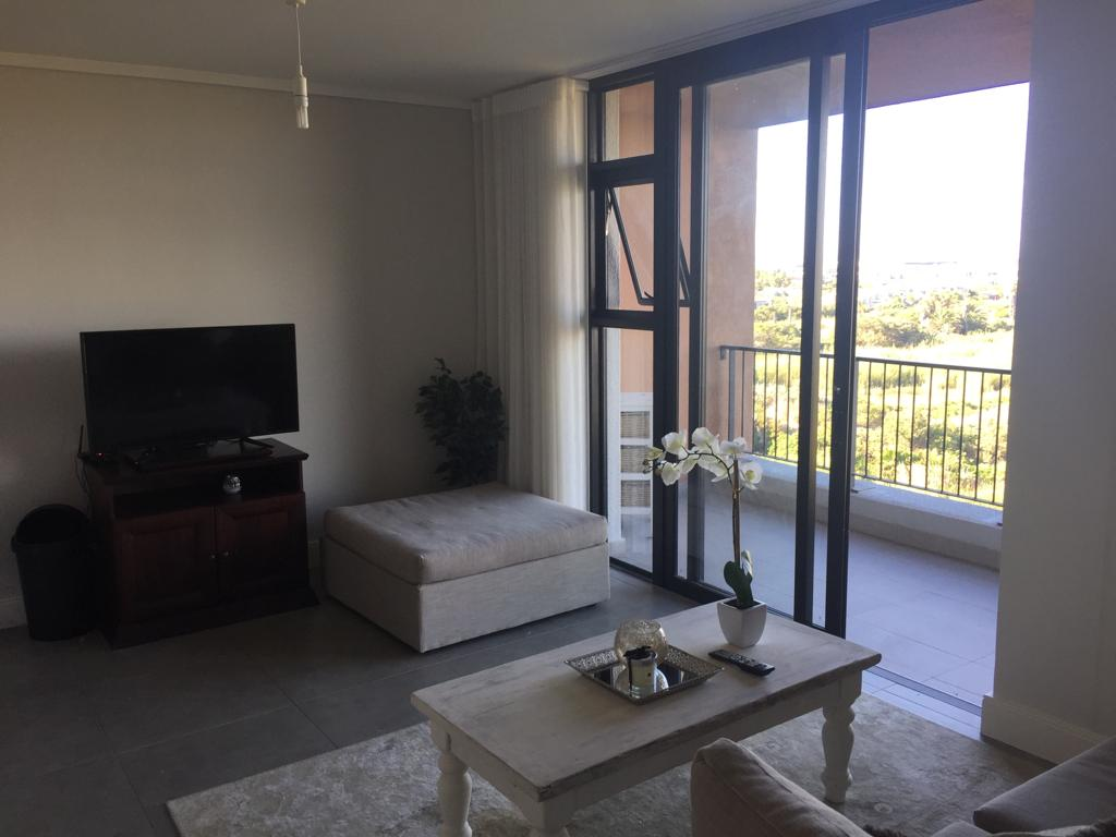 Century City - 1 bedroom apartment available immediately - Reduced rent R9750