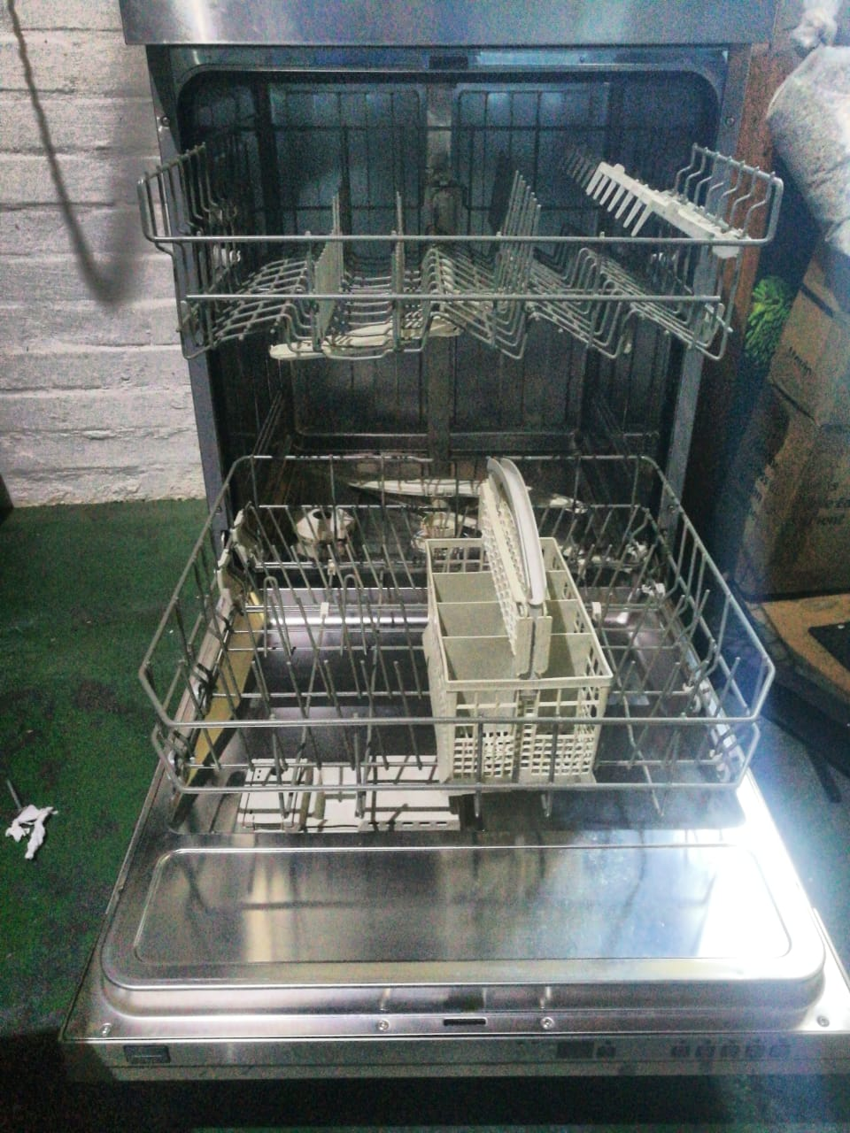 Siemens iQ300 Dishwasher For Sale