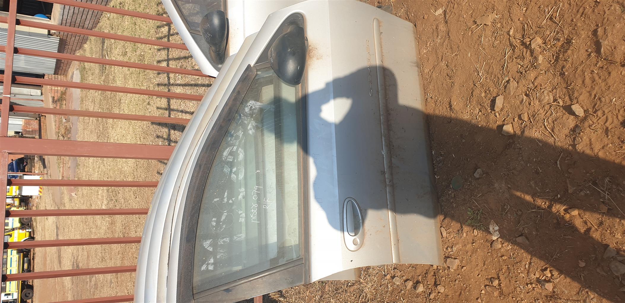 Chrysler Neon Front Doors