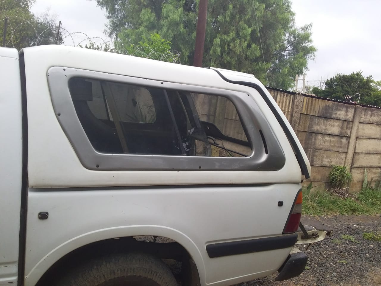 Isuzu Canopy for sale
