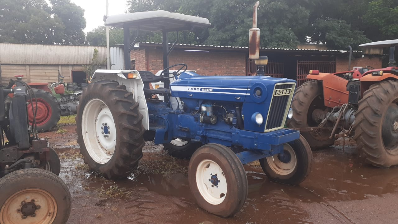 Ford 6600 4X2