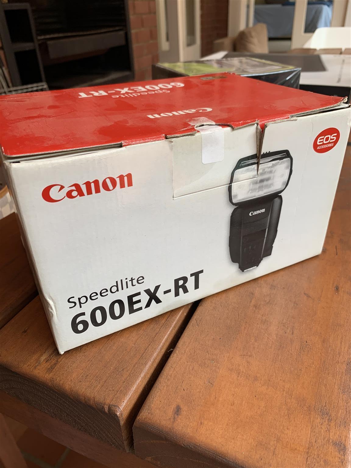 Canon Camera flash 600EX