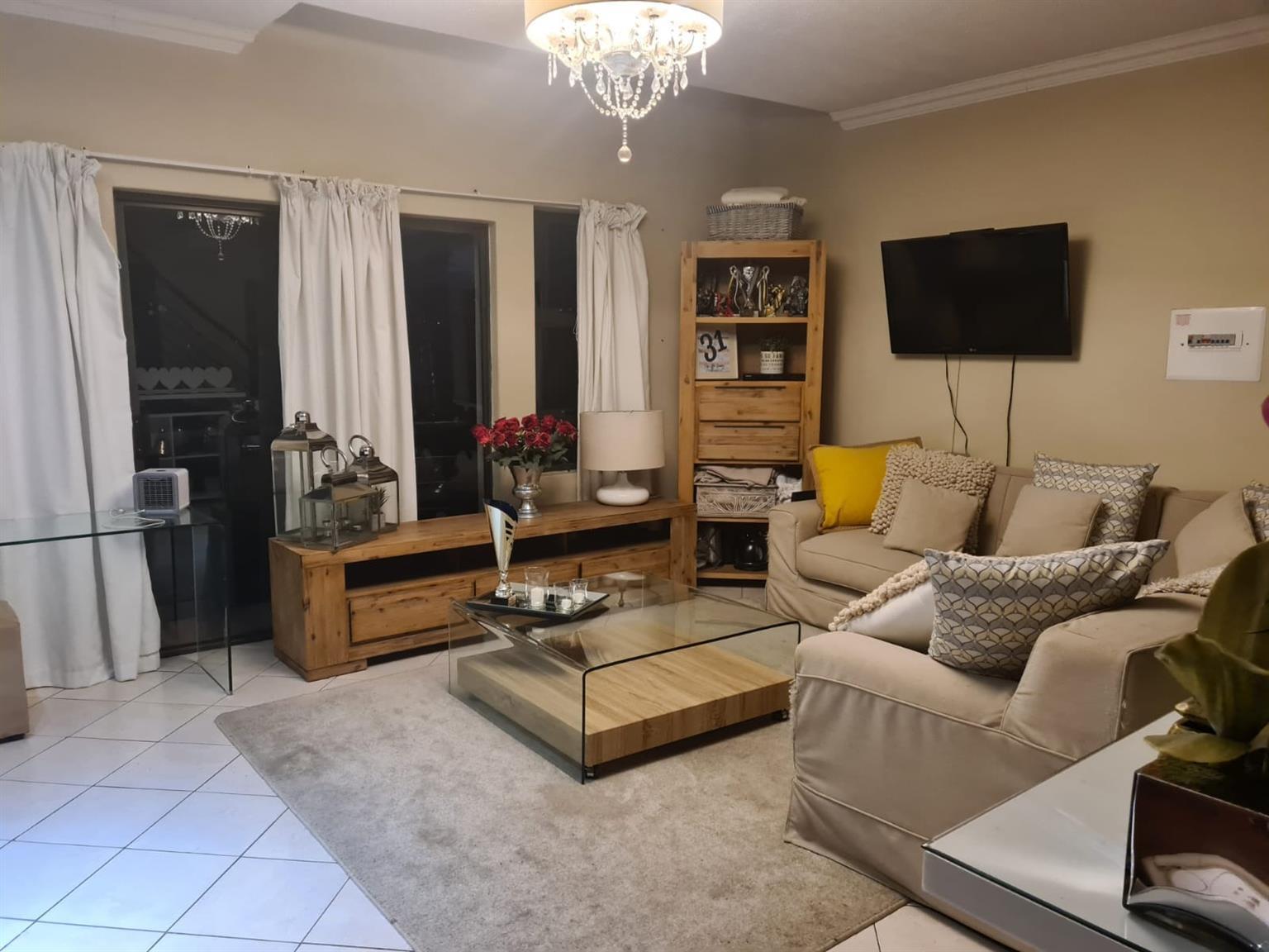 Apartment For Sale in Zwartkop Golf Estate