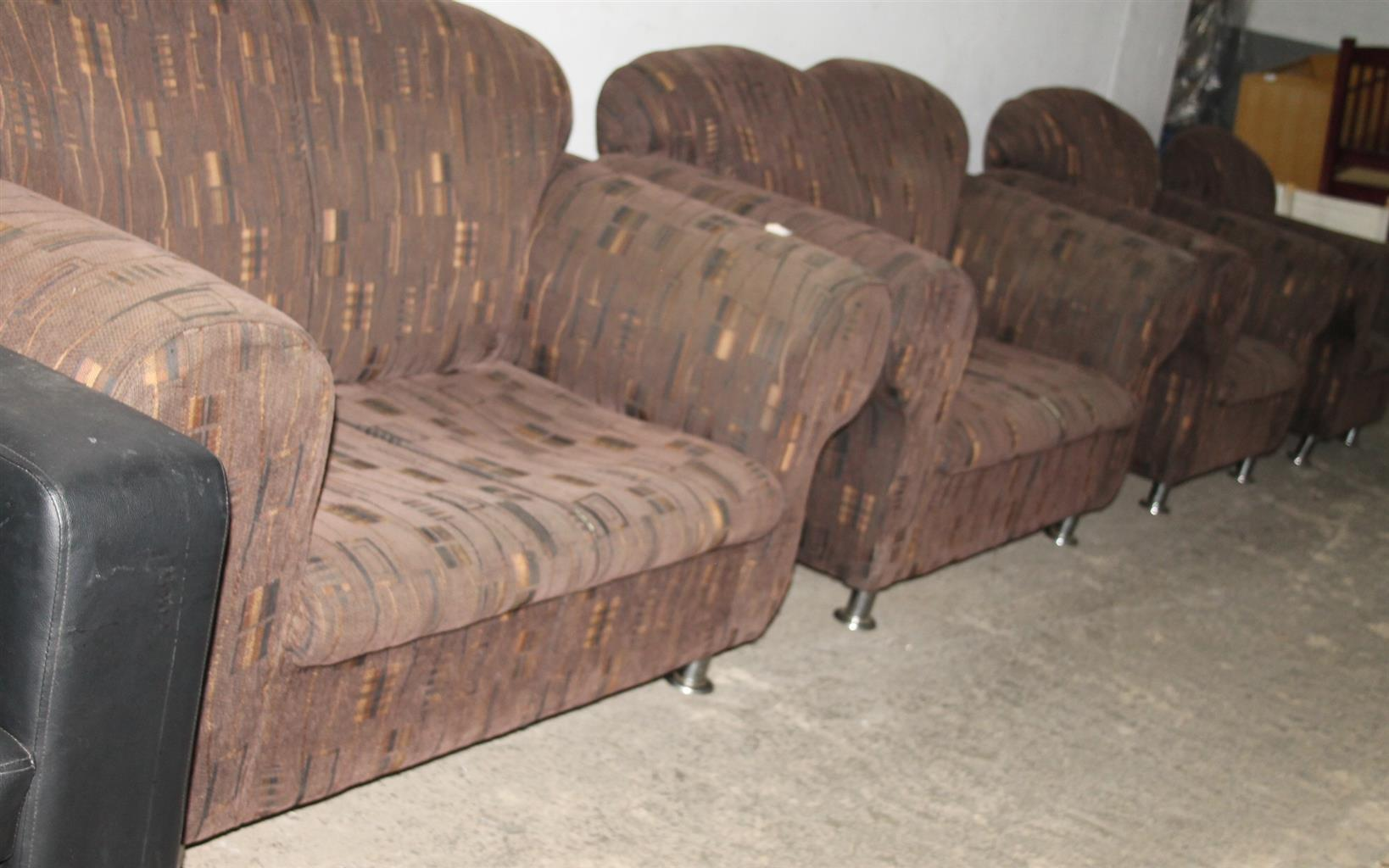 4 piece lounge suite S032688A #Rosettenvillepawnshop