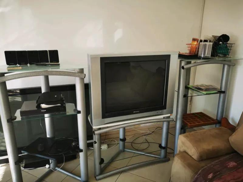 COLOUR TV 85 CM FOR SALE