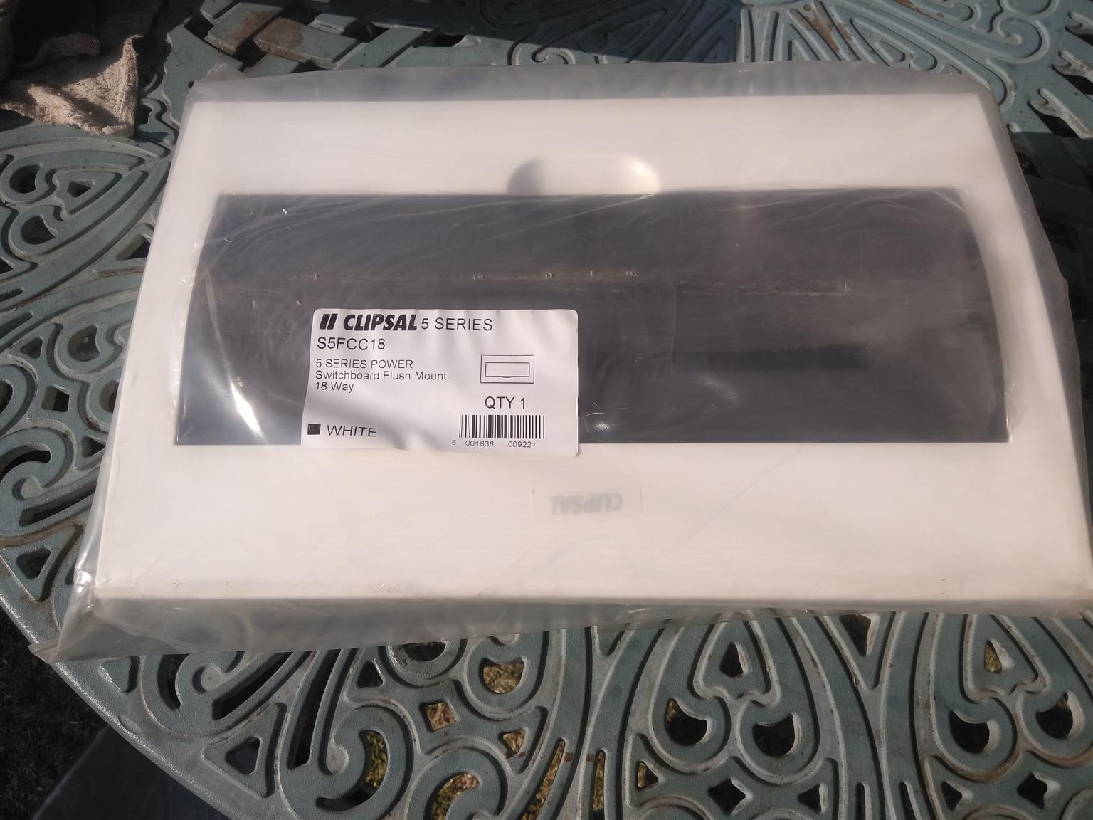 Clipsal S5FCC18 5 Series Power Switchboard Flush Mount 18 Way