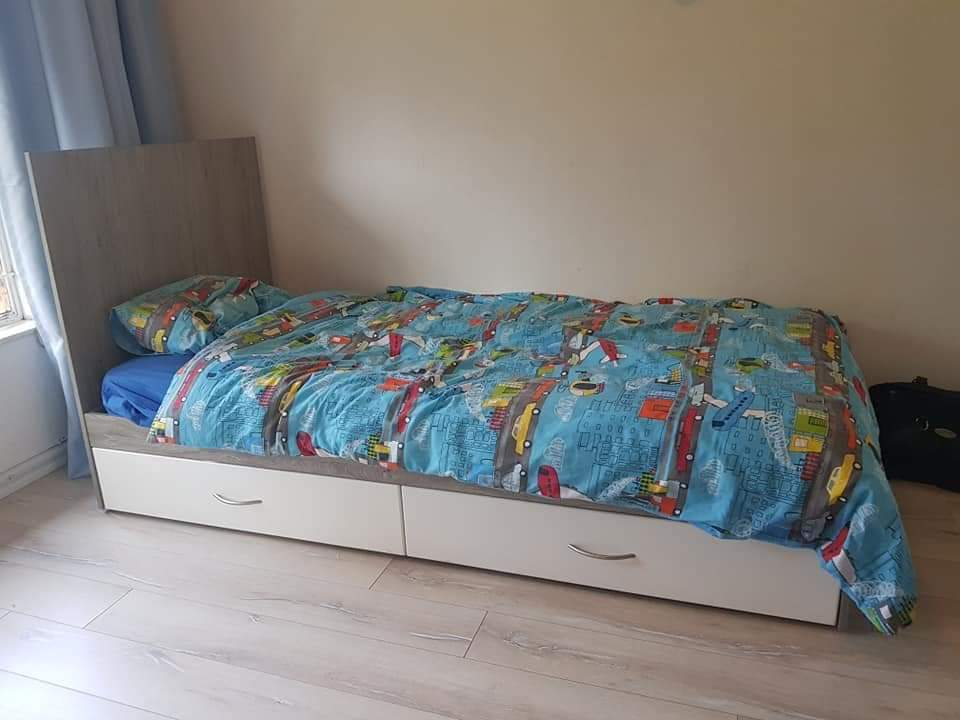 Cot Compactum Converts To Single Bed Junk Mail