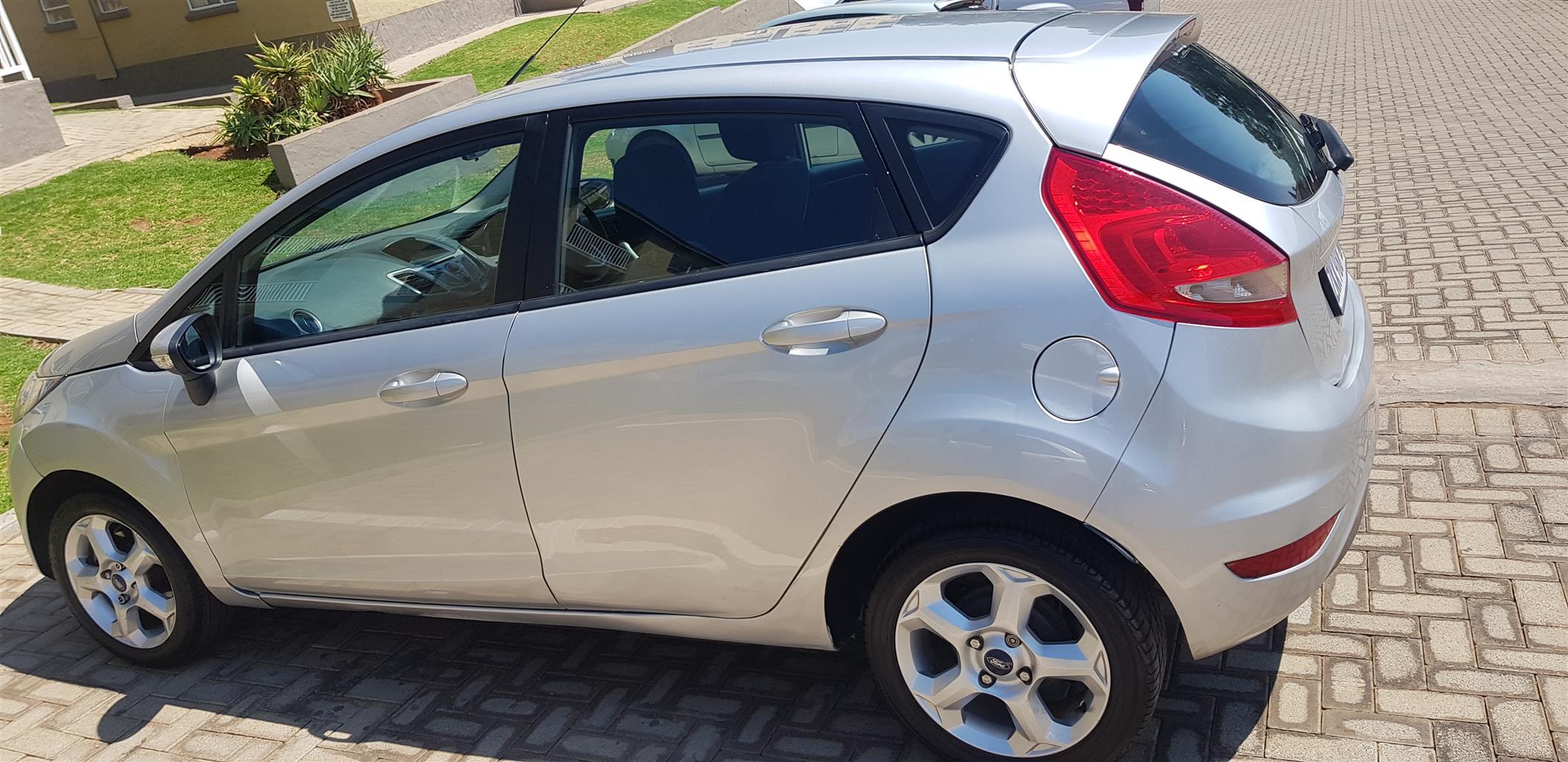 2011 Ford Fiesta 1.4 5 door Trend