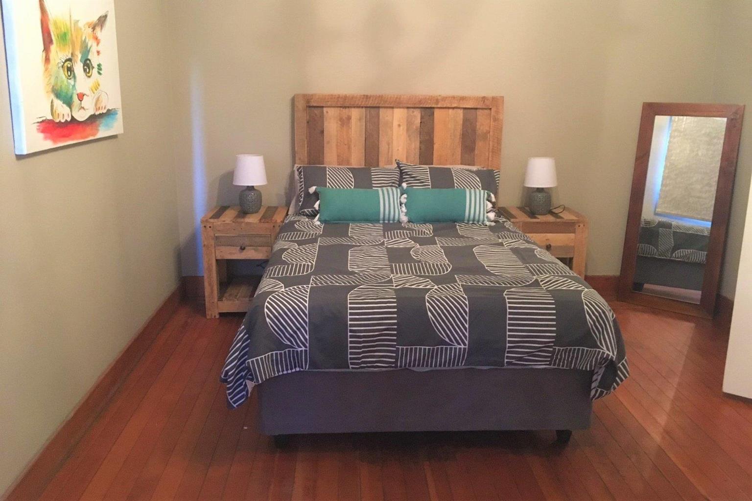 Apartment Rental Monthly in Alexandra