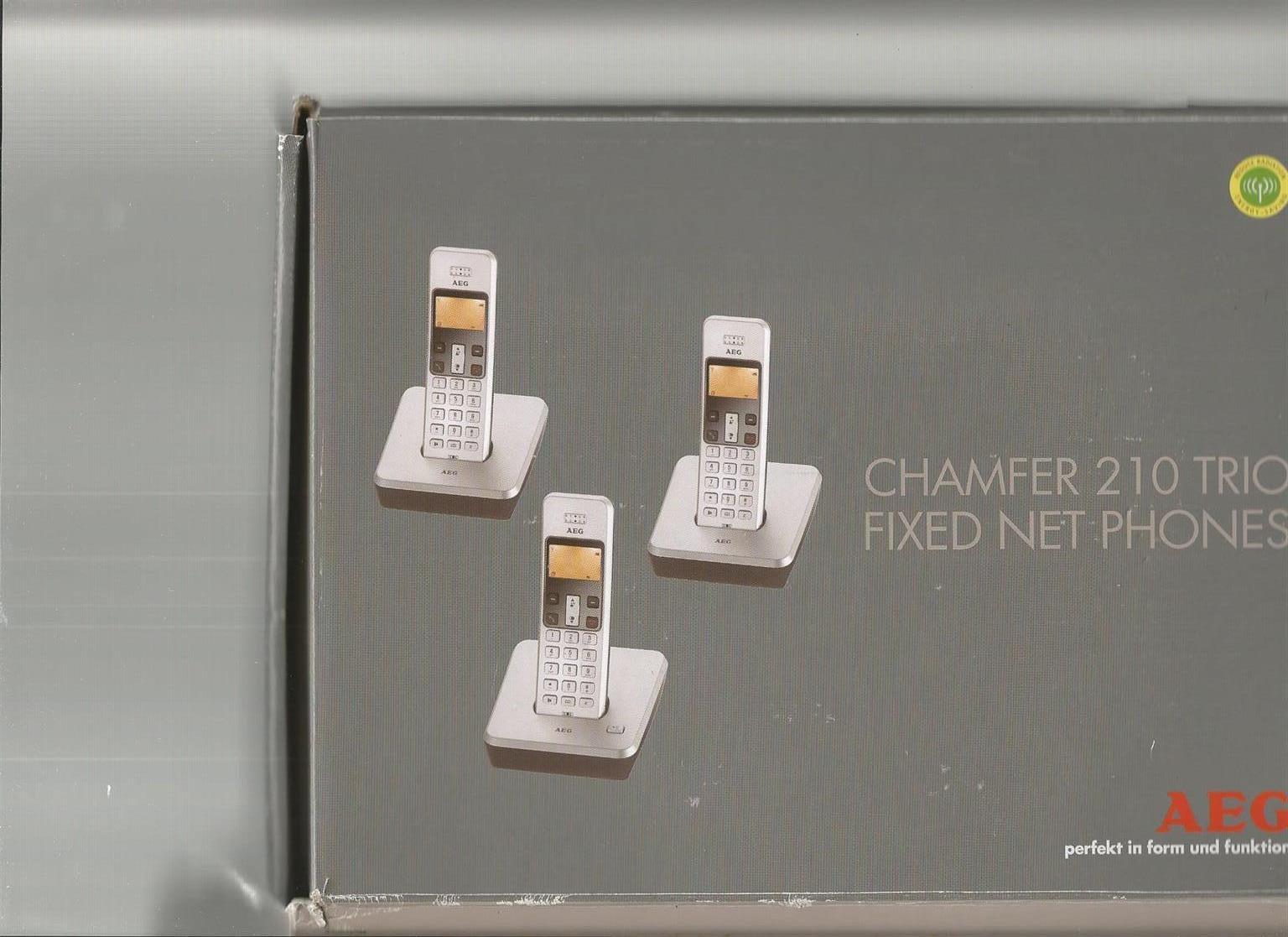 AEG CHAMFER 210 TRIO PHONES