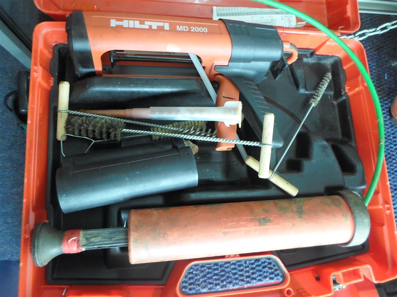 Hilti MD 2000 Nail Gun