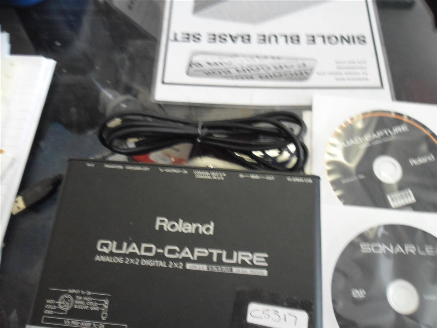 ROLAND QUAD-CAPTURE  ANALOG 2X2 DIGITAL