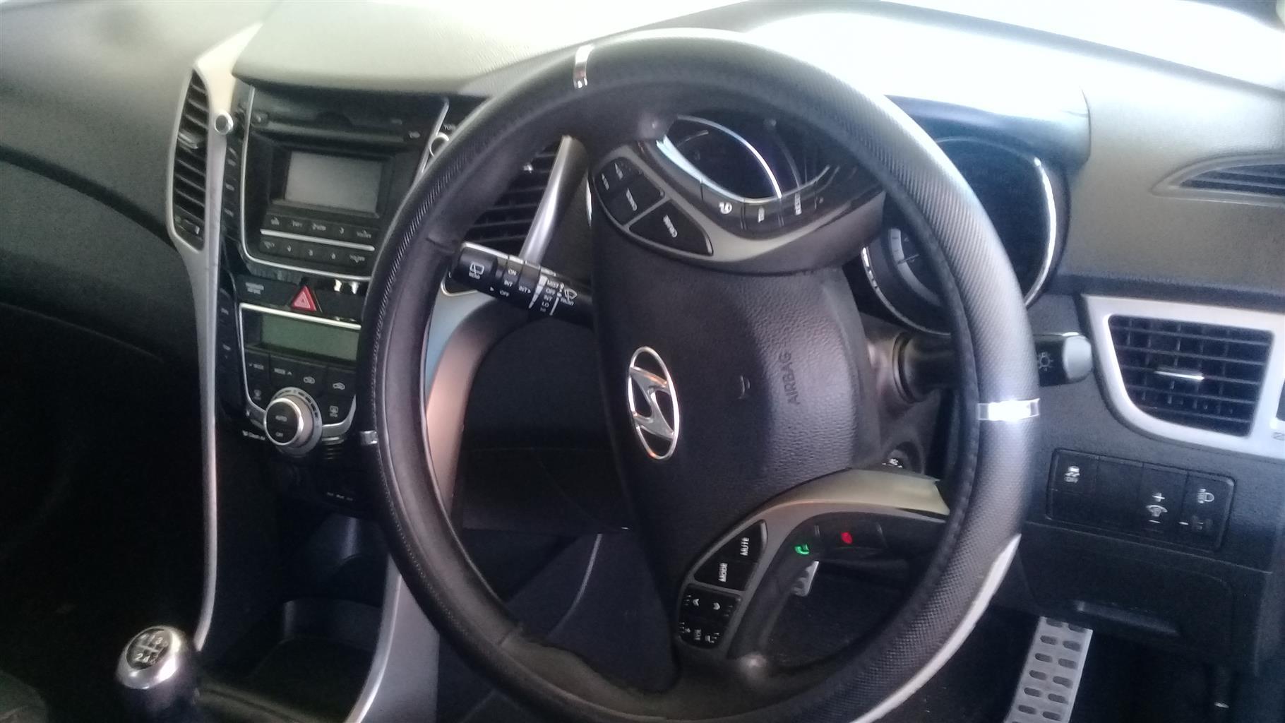 2014 Hyundai i-30 1.6 Engine Capacity with Manuel Transmission,