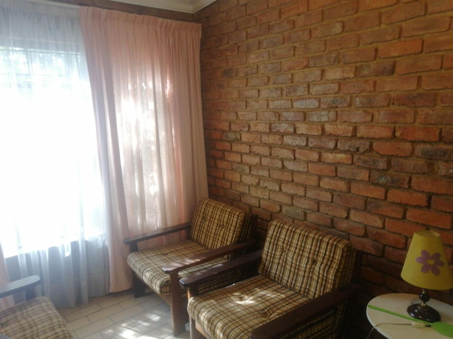 House For Sale in CLUBVIEW