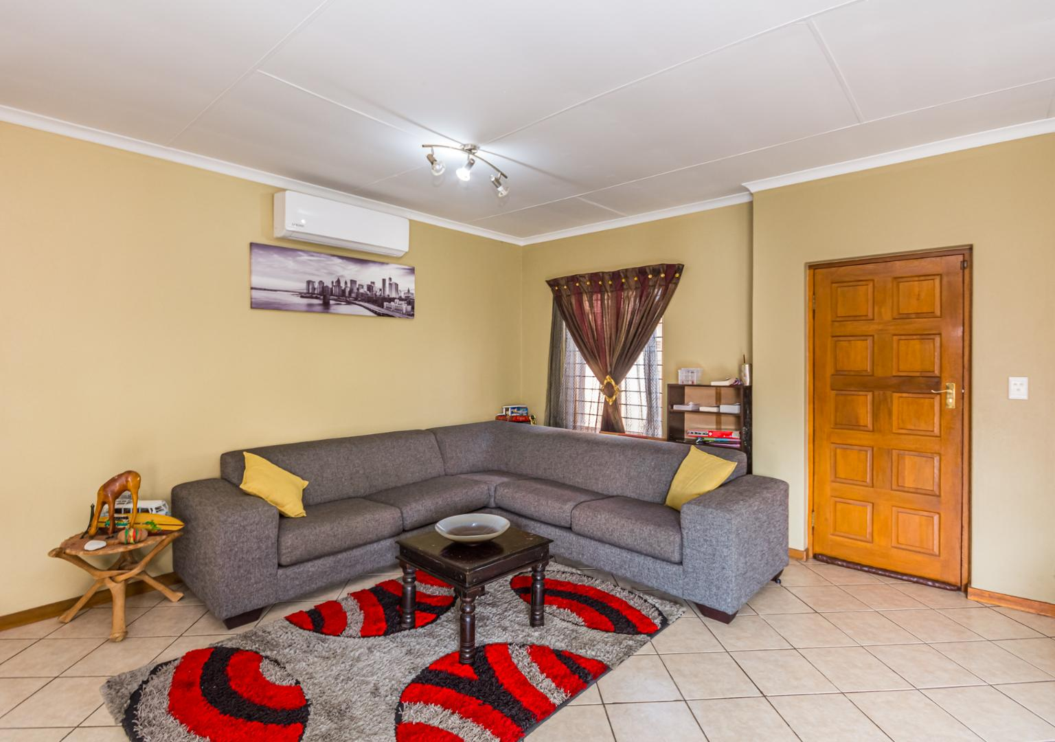 House For Sale in Kyalami Hills